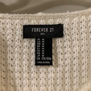 Forever 21 Sweaters - Cute